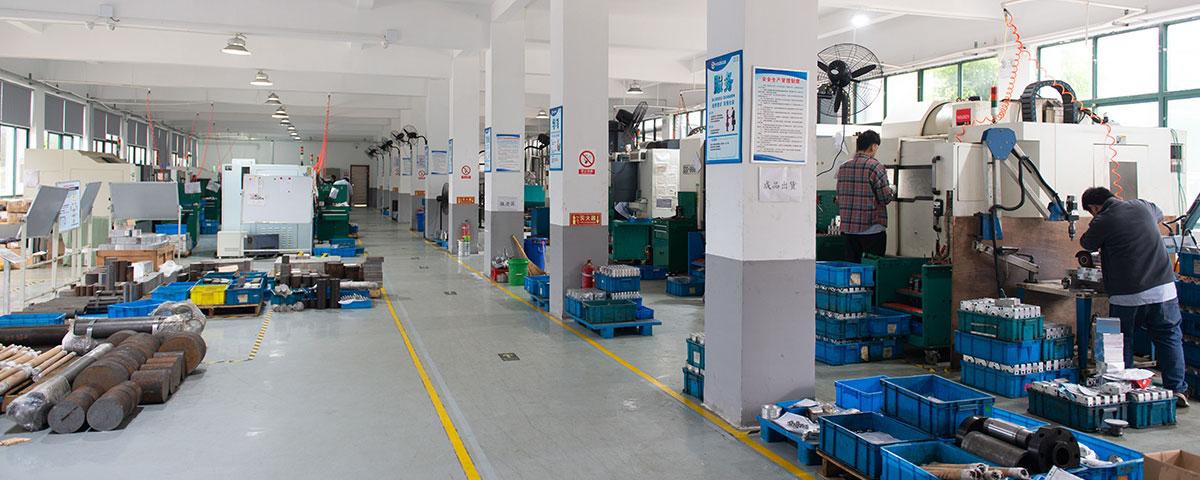 工厂油缸生产设备全景图